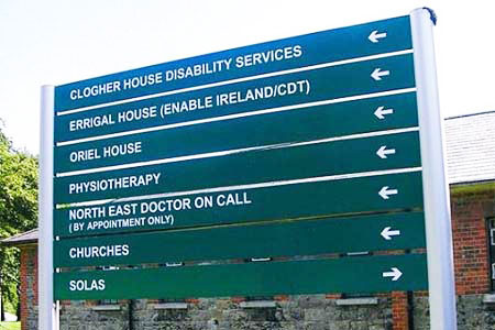 Post and Panel Hospital Sign System in Situ