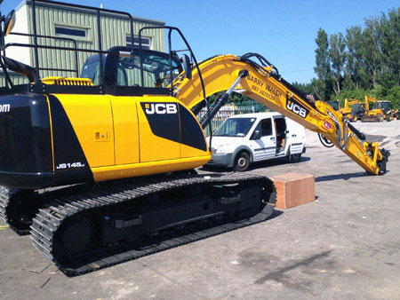 JCB viny side view